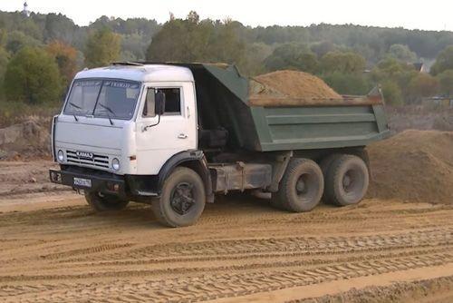 Сколько кубов песка в КамАЗе самосвале