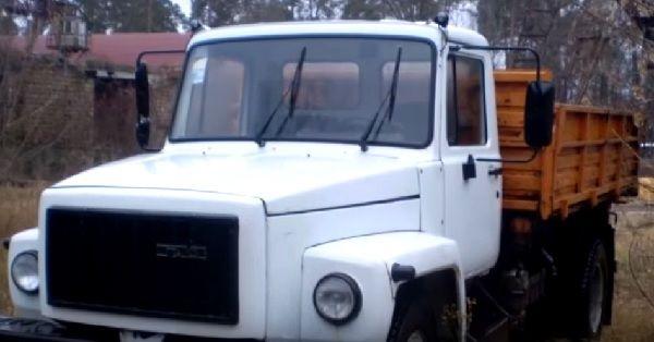автомобиль ГАЗ-3307