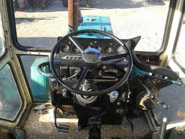 Кабина трактора ЮМЗ-6