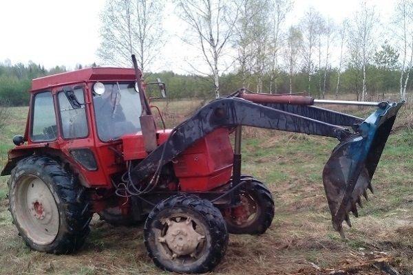 Трактор ЛТЗ-60 с куном