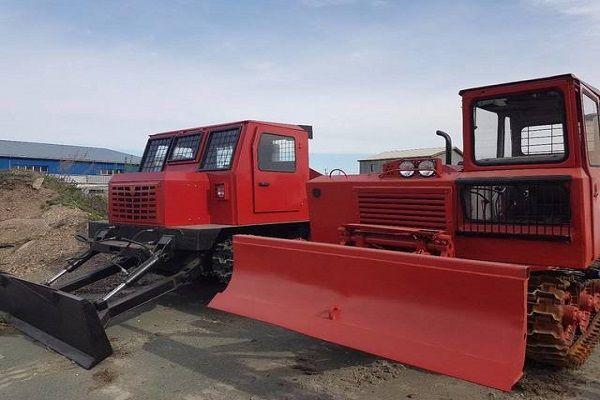 Ьрелевочный трактор ТТ-4