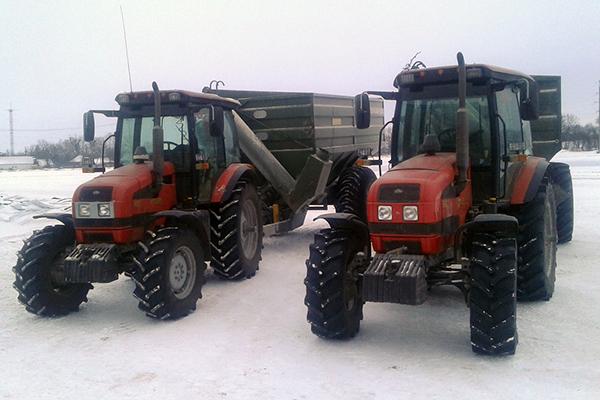 Внешний вид трактора МТЗ-1523