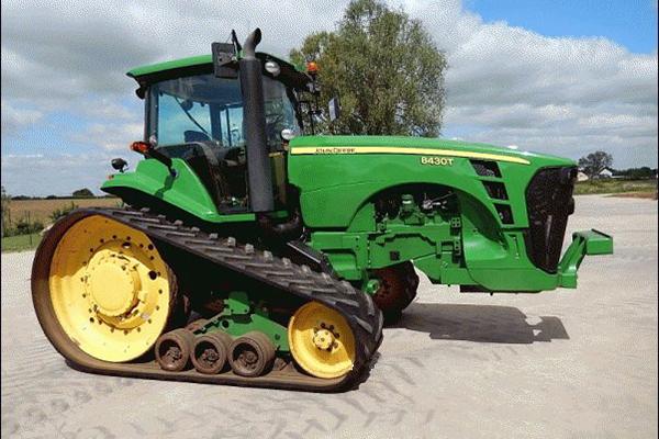 Трактор Джон Дир 8430 на гусеничном ходу