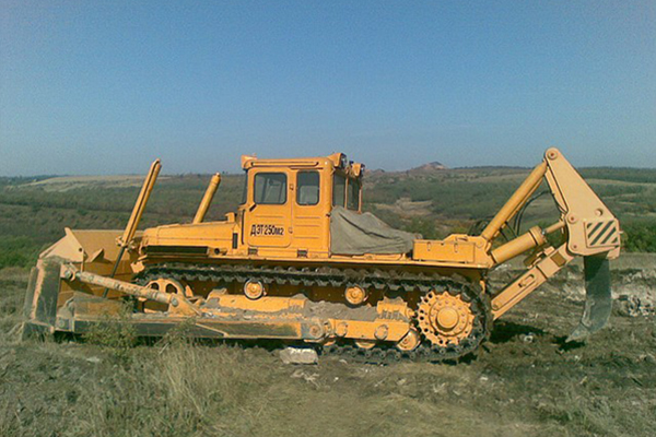 Трактор ДЭТ-250М2Б1Р1