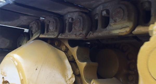 Элементы ходовой части бульдозера Komatsu D355